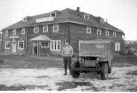 Cpl Bourg, Copper Center Roadhouse, Richardson Highway, Alaska, 1943.